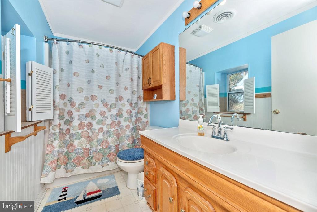 Primary Bathroom - 14702 OAK ORCHARD RD, NEW WINDSOR