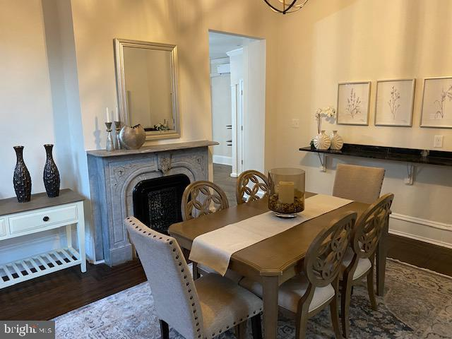 Dining room with fireplace - 330 A ST SE, WASHINGTON