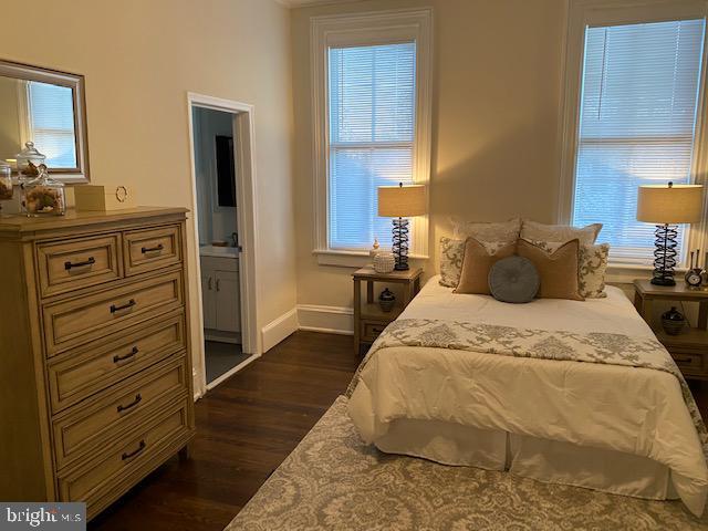 Second floor Front Bedroom en-suite - 330 A ST SE, WASHINGTON