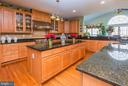 Center granite top counters - 14215 PUNCH ST, SILVER SPRING