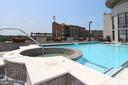 Roof Top Hot Tub - 1021 N GARFIELD ST #828, ARLINGTON