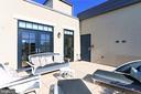 Spacious terrace - 1700 CLARENDON BLVD #158, ARLINGTON