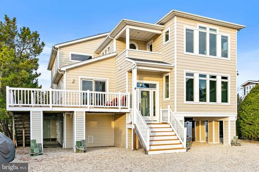 4 SANDY COVE LANE - LONG BEACH TOWNSHIP