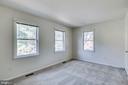 Primary Bedroom and Bath - 1185 N VERNON ST, ARLINGTON
