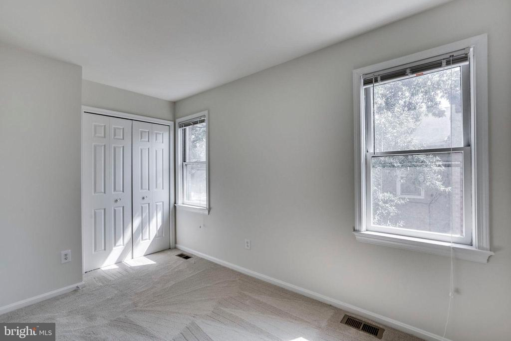 2nd Bedroom - 1185 N VERNON ST, ARLINGTON