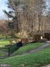 Community Walking Path - 1581 SPRING GATE DR #5404, MCLEAN