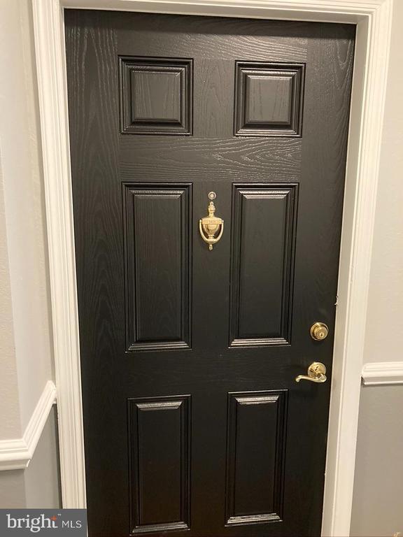 Front Door - 1581 SPRING GATE DR #5404, MCLEAN