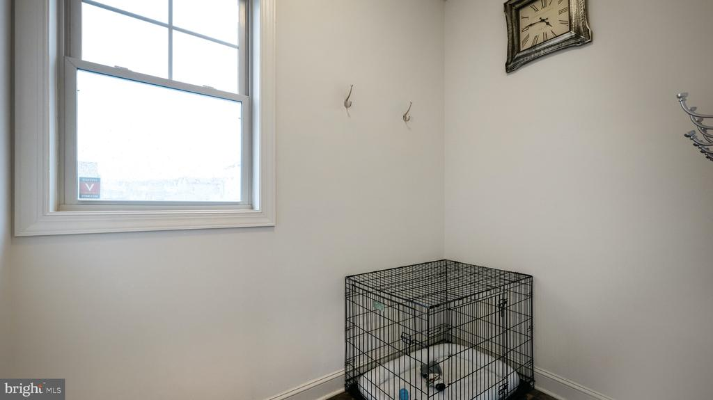 Mudd room - 13805 TRIBUTE PKWY, CLARKSBURG