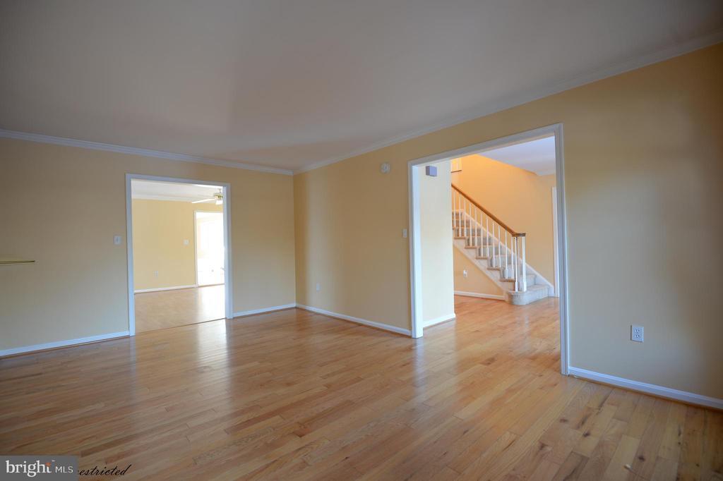 Hardwood Floor - 1118 SUGAR MAPLE LN, HERNDON