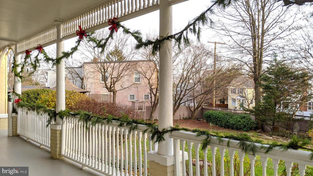 37 feet of porch decorated with pine garlands - - 4343 39TH ST NW, WASHINGTON