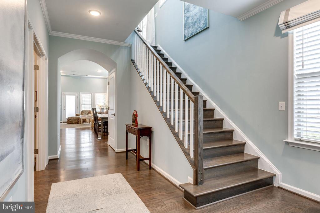 Gleaming wood floors and stairs welcome you in - 44521 FIERY SKIPPER TER, ASHBURN
