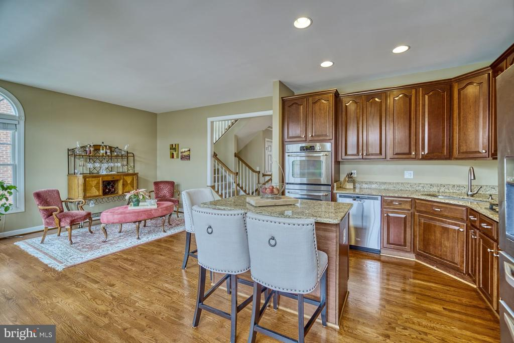 Kitchen has Room for Large Table or Sitting Area - 18541 BEAR CREEK TER, LEESBURG