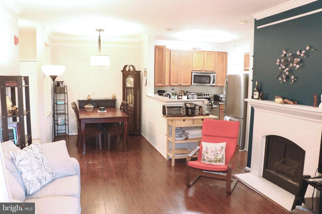 Dining Room & Kitchen - 1581 SPRING GATE DR #5404, MCLEAN