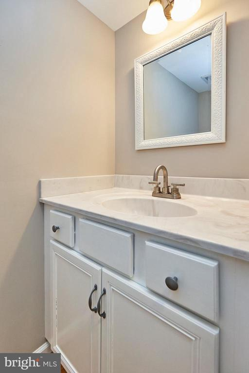 Updated powder room - 11817 COOPERS CT, RESTON