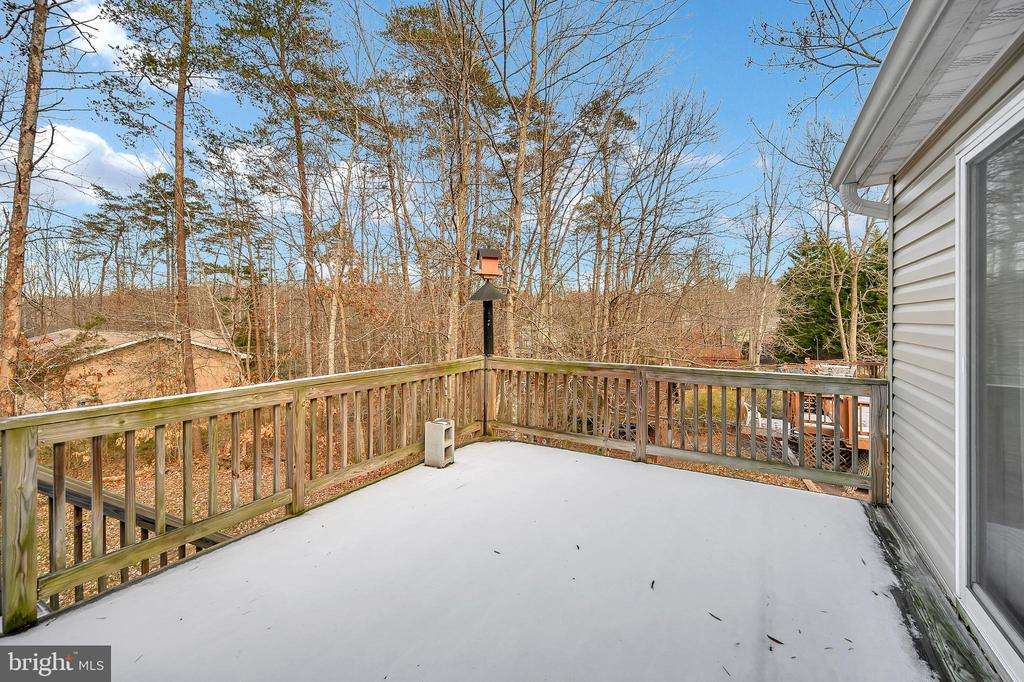 Second deck - 4309 LAKEVIEW PKWY, LOCUST GROVE