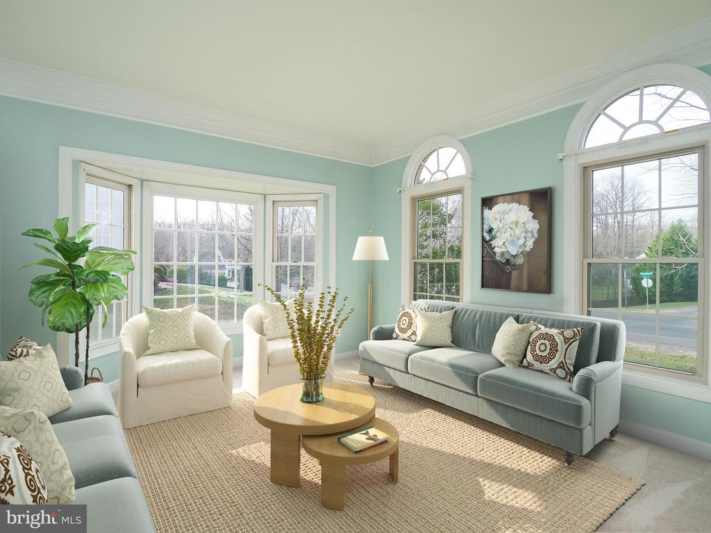 Living Room filled with light from walk in bay - 13057 CHAMPLAIN DR, MANASSAS