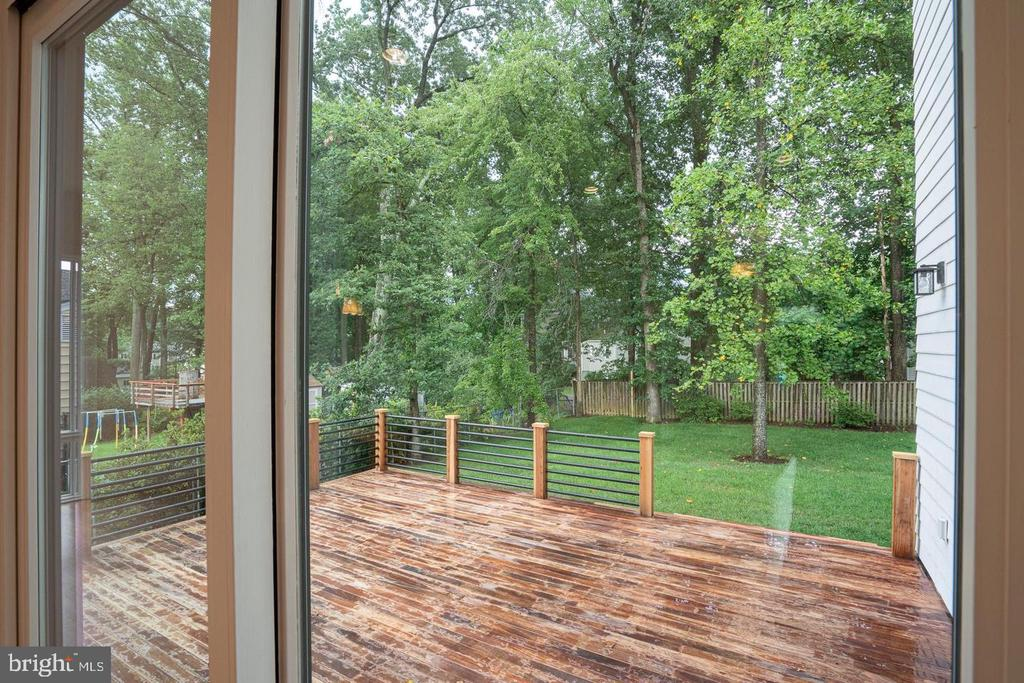 View of deck from inside - 110 TAPAWINGO RD SW, VIENNA