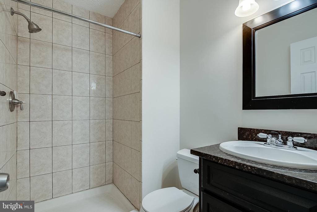 Primary Bedroom Full Bath - 12056 WINDING CREEK WAY, GERMANTOWN