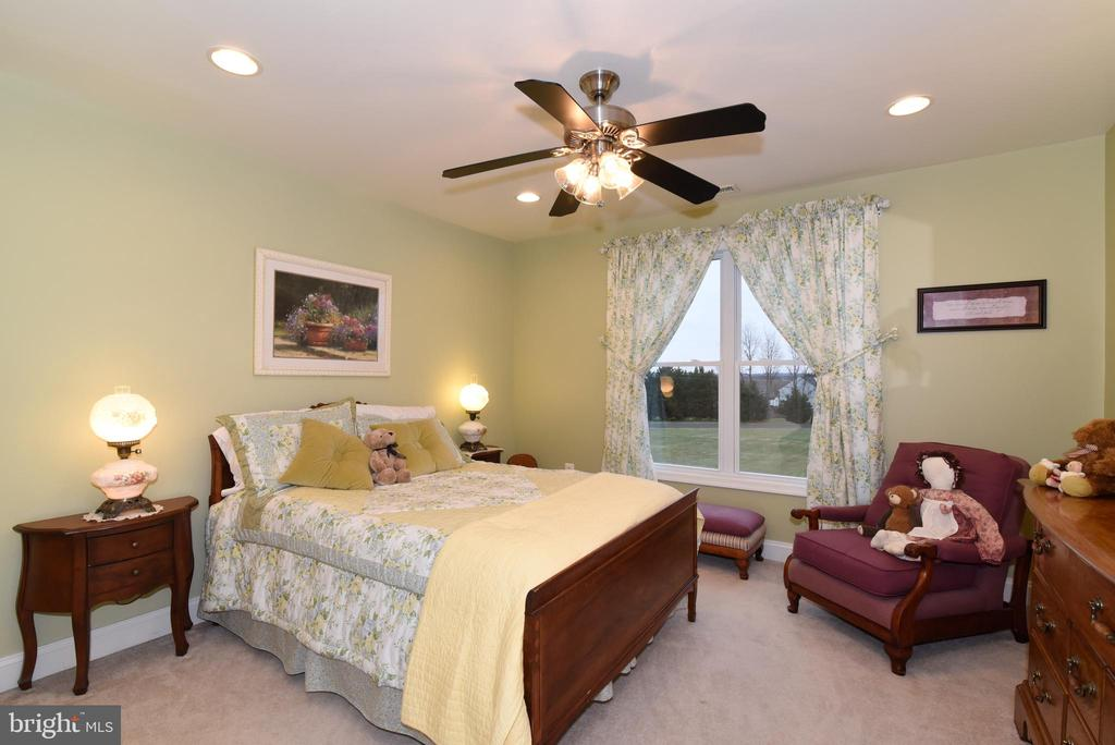 Third bedroom - 42070 SADDLEBROOK PL, LEESBURG