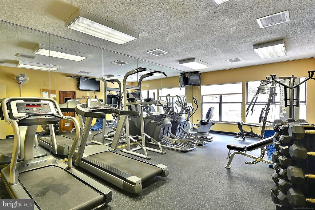 Fitness Center - 2100 LEE HWY #117, ARLINGTON