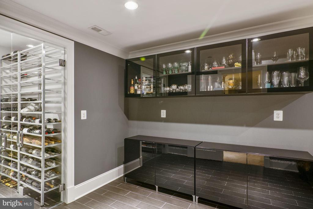 Custom 300 bottle wine closet - 491 N WAKEFIELD ST, ARLINGTON