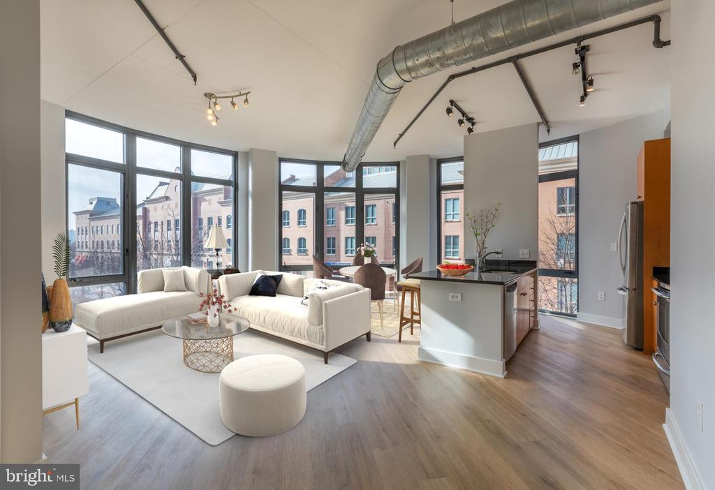 MLS VAAX254720 in CONDOS AT CARLYLE SQUARE