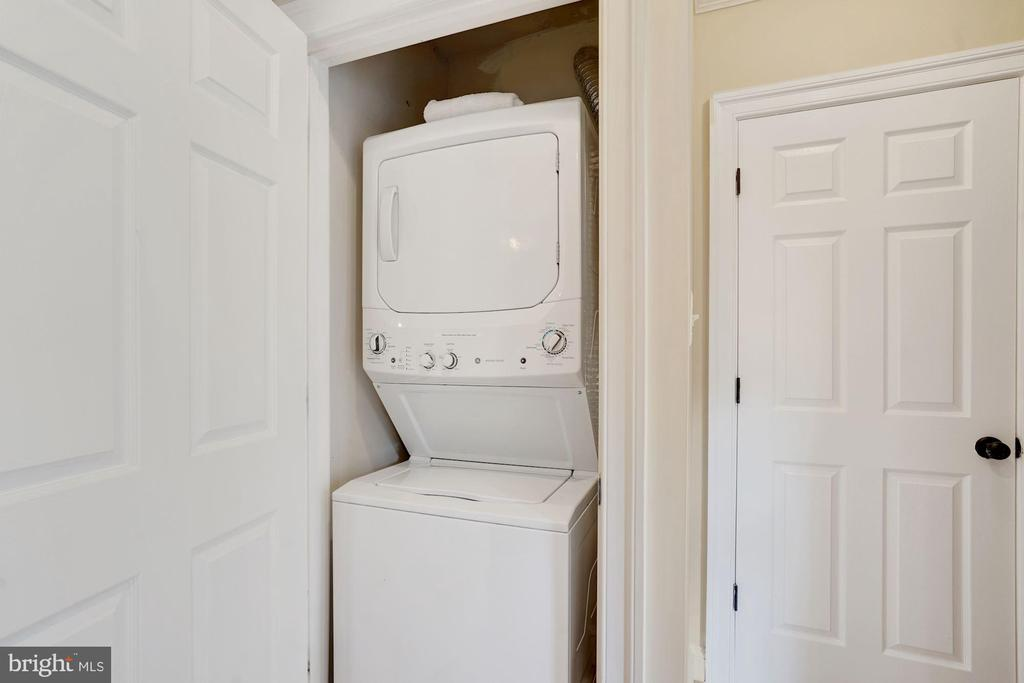 Laundry Room - THIS HOME HAS A WASHER & DRYER! - 1623 MONTELLO AVE NE, WASHINGTON
