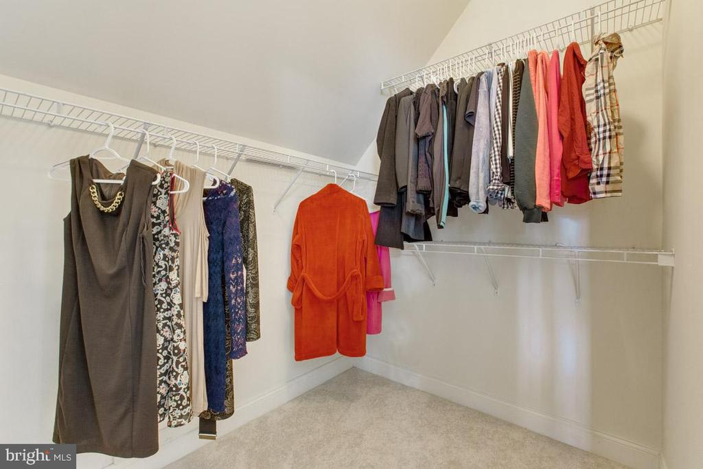 His and Her walk in closets - 41205 CANONGATE DR, LEESBURG