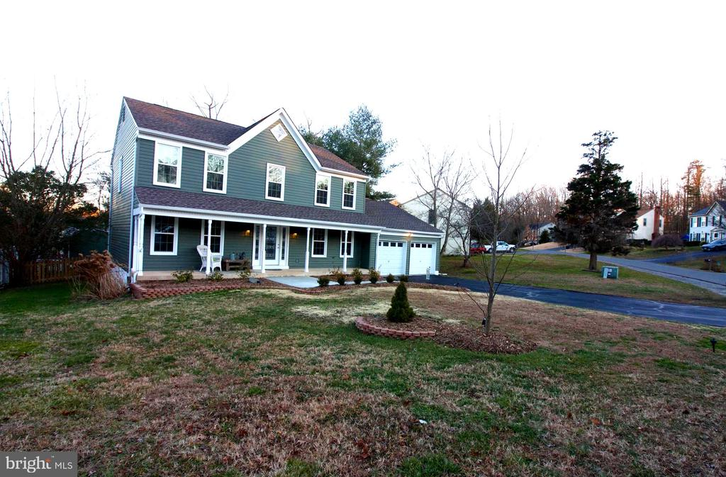 - 27 SNOW MEADOW LN, STAFFORD