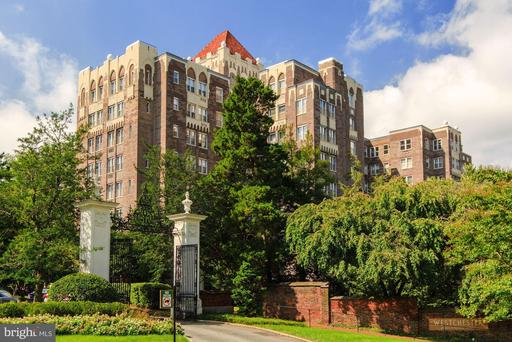 4000 CATHEDRAL AVE NW #236 B