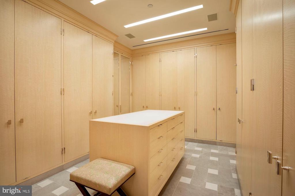 Dressing Room - 3150 SOUTH ST NW #PH2C & 1M, WASHINGTON