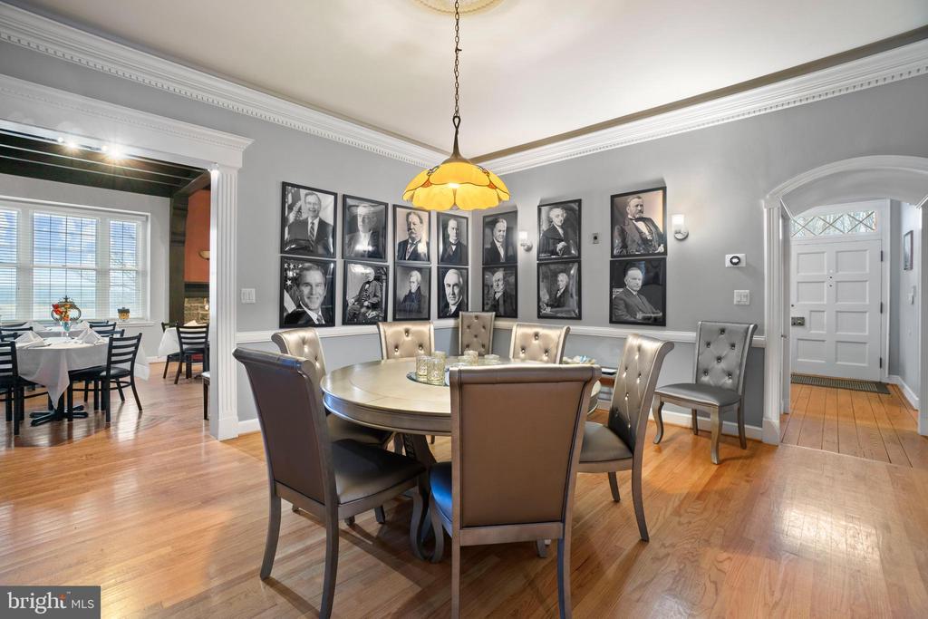 President's Lounge Area - 40543 COURTLAND FARM LN, ALDIE