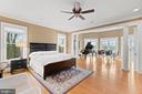 Luxurious Relaxing Owner's Suite - 40543 COURTLAND FARM LN, ALDIE