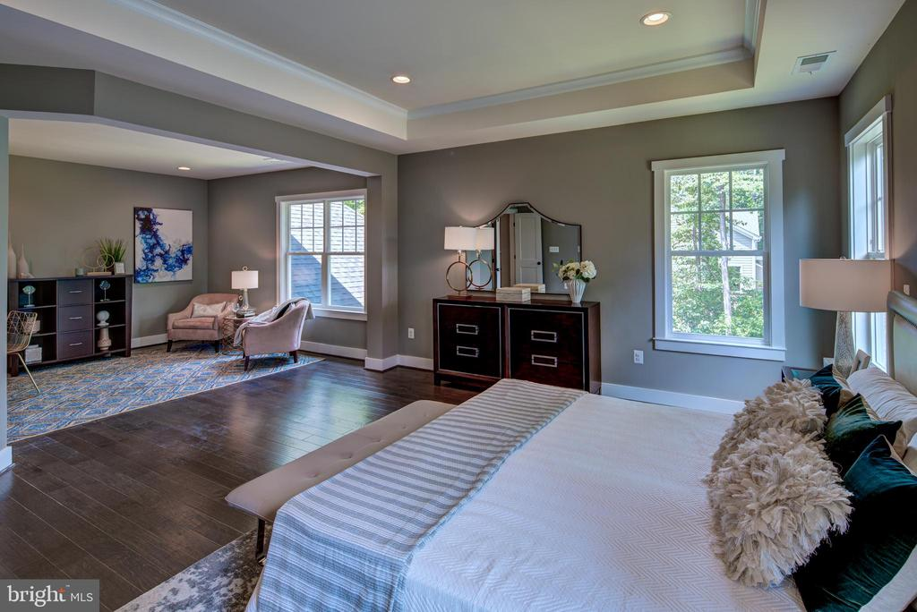 Primary Bed with Sitting Room(previous model) - 3283-A FOX MILL, OAKTON