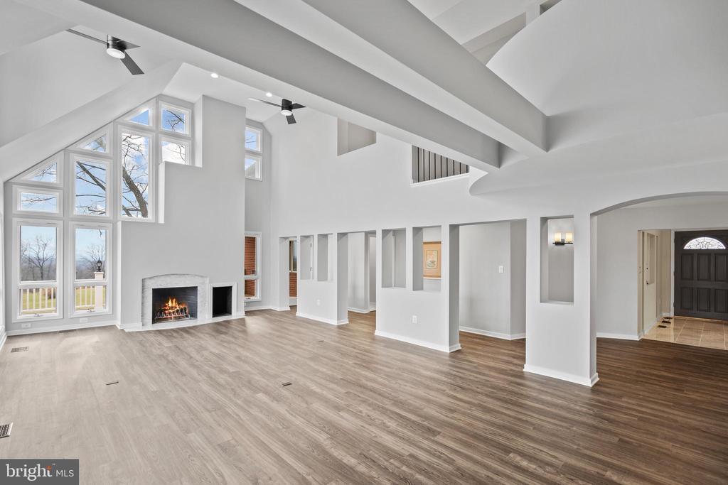 This room...! - 38853 MOUNT GILEAD RD, LEESBURG
