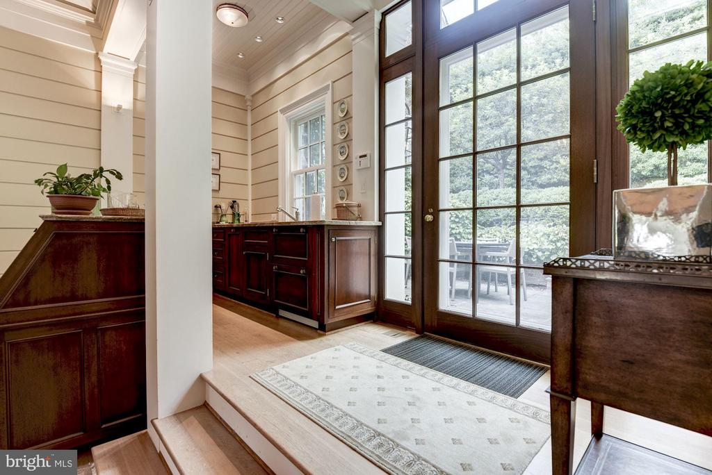 Renovated Pool House Kitchenette - 1691 34TH ST NW, WASHINGTON