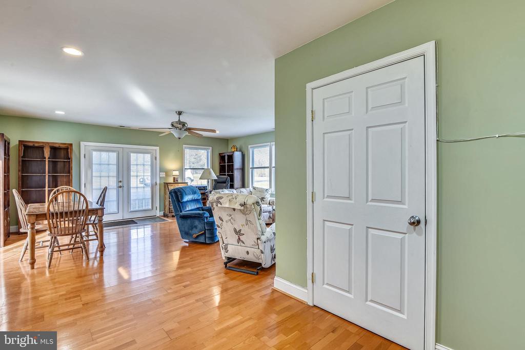Guest House - 37195 KOERNER LN, PURCELLVILLE