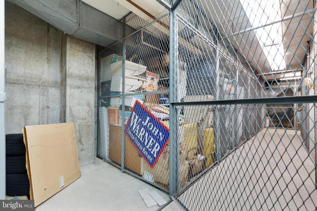Storage Unit - 1530 KEY BLVD #130, ARLINGTON
