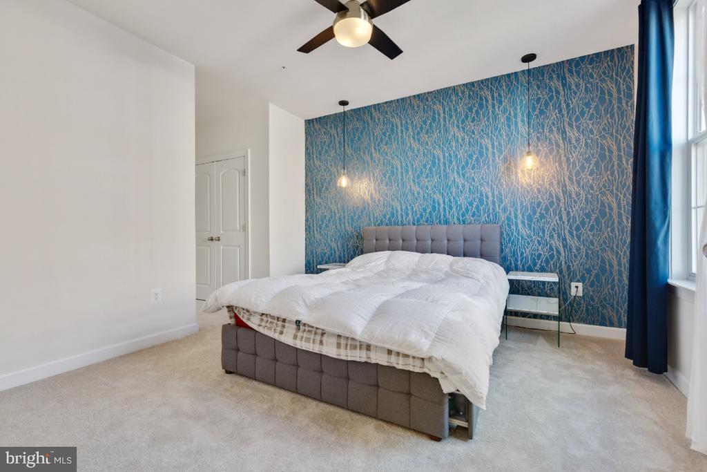 Primary bedroom - 3160 JOHN GLENN ST #308, HERNDON