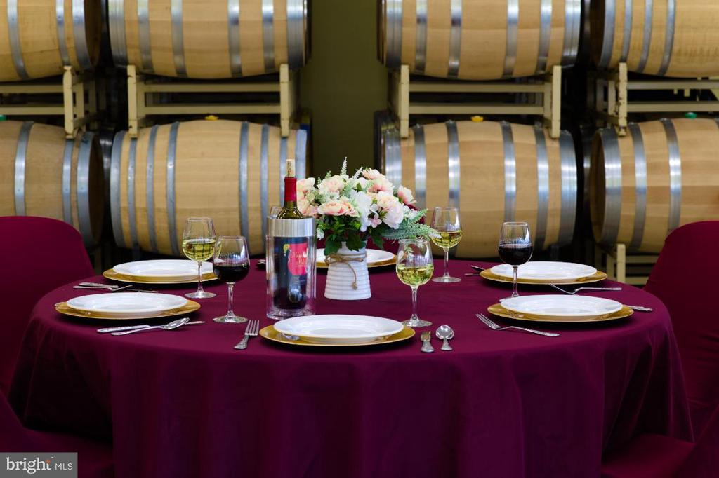 Winery events - 12138 HARPERS FERRY RD, PURCELLVILLE