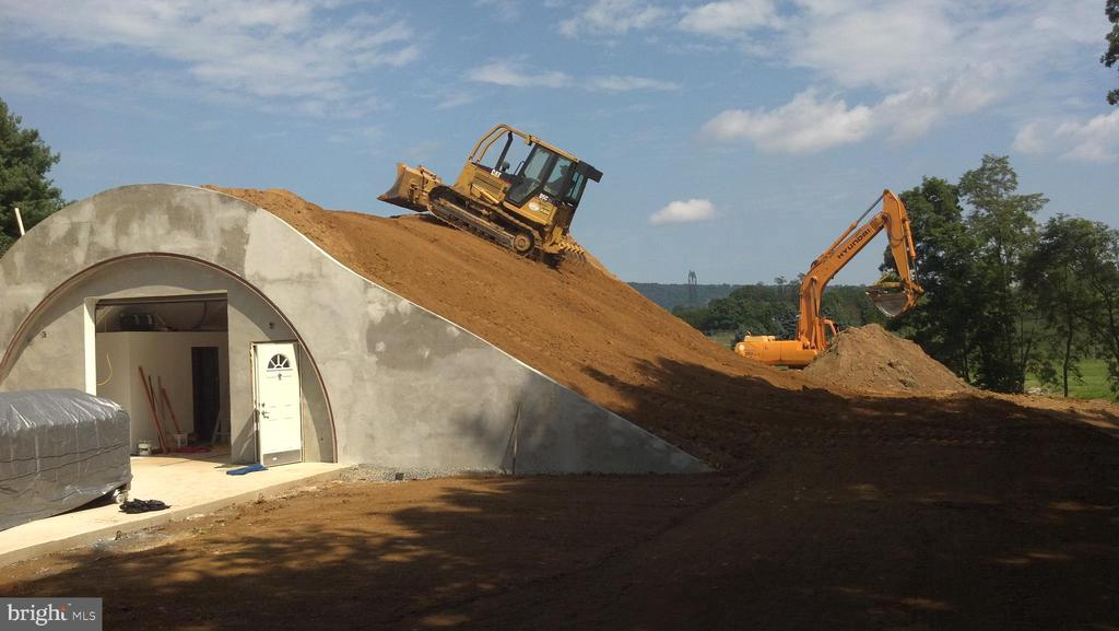 Cave tested  to survive a simulated nuclear blast - 12138 HARPERS FERRY RD, PURCELLVILLE
