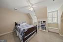 Bedroom 4 w/shelving; window seats - 1901 ALLANWOOD PL, SILVER SPRING