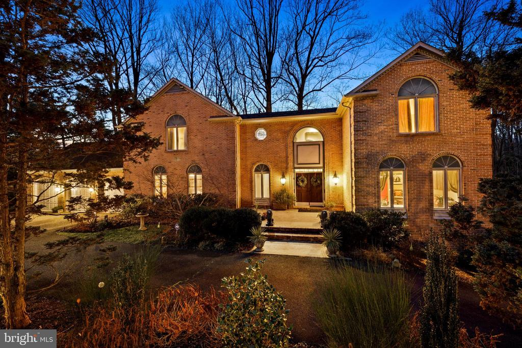 - 1798 HAWTHORNE RIDGE CT, VIENNA