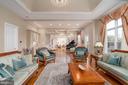 Great room - 15325 MASONWOOD DR, GAITHERSBURG