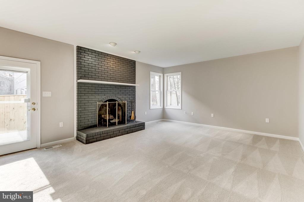 Family Room - 6125 WOODED RUN DR, COLUMBIA