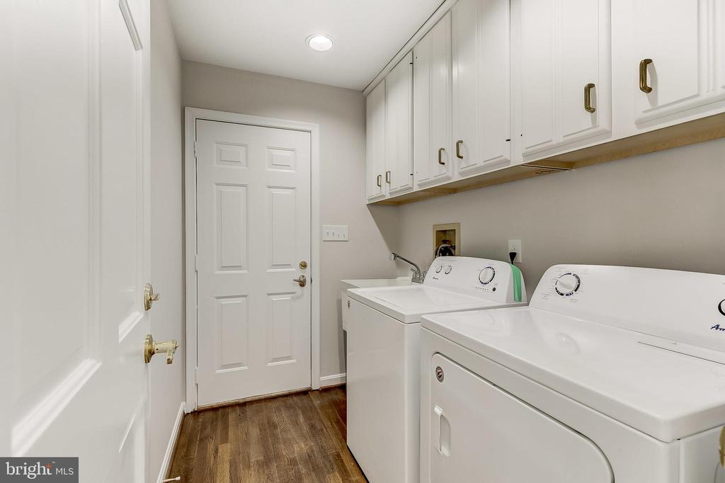 Laundry - 6125 WOODED RUN DR, COLUMBIA