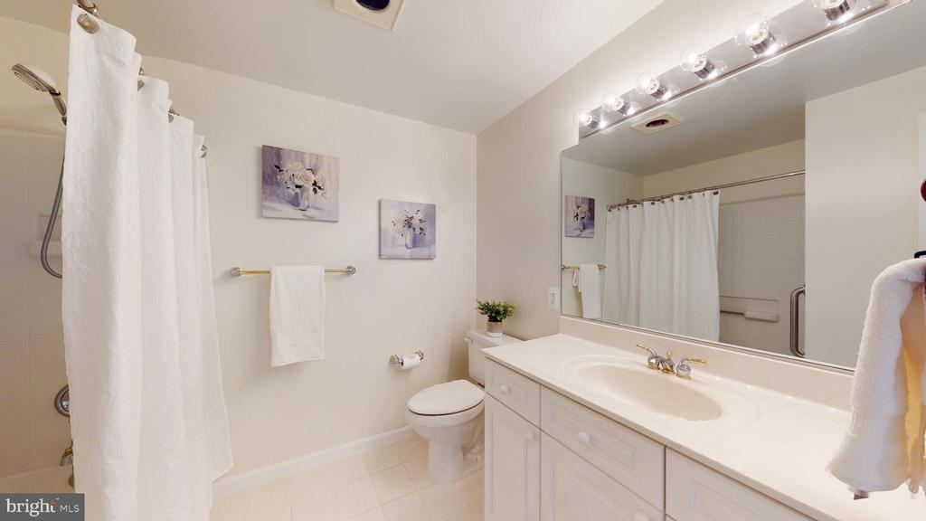 Full Bath Attached to Bedroom #2 - 19350 MAGNOLIA GROVE SQ #103, LEESBURG