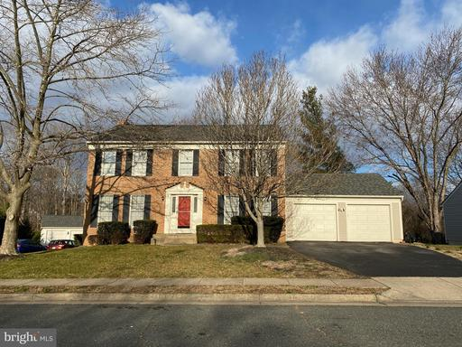 9 NEW BEDFORD CT