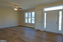 Living Room - 1066 LAKEVIEW DR, STAFFORD