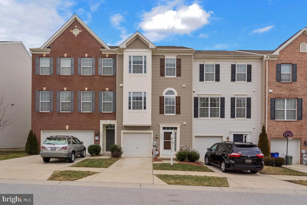 Welcome Home to River Rock Way! - 7839 RIVER ROCK WAY, COLUMBIA